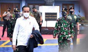 Presiden Jokowi bertolak menuju Provinsi Sulawesi Barat dalam rangka meninjau penanganan bencana gempa yang terjadi di daerah tersebut.