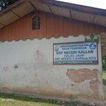 Kondisi bangunan SMP Negeri Kallan di Lembang Sikuku, Kecamatan Kapala Pitu, Kabupaten Torut